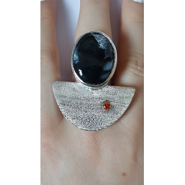 Sterling silver ring with natural dragon 's stone Dragon 's Offices