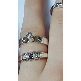 Sterling silver ring In-between