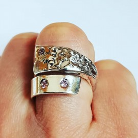 Silver ring In the Feel