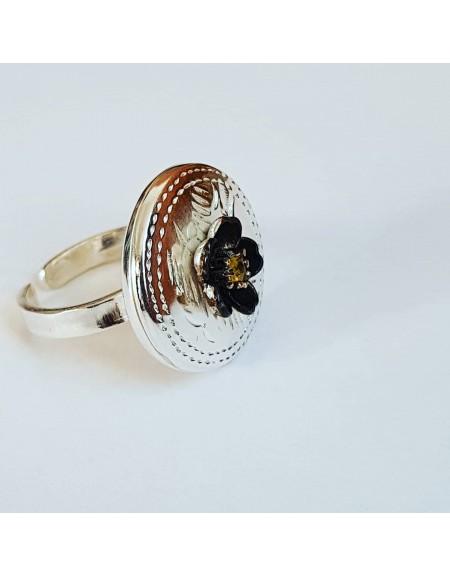 Sterling silver ring with natural sapphire Cheeky Flower, Bijuterii de argint lucrate manual, handmade