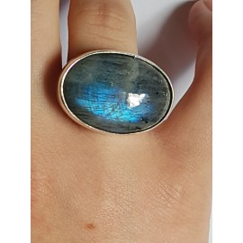Ring made entirely by hand in solid Ag925 silver and Lunaria natural moonstone