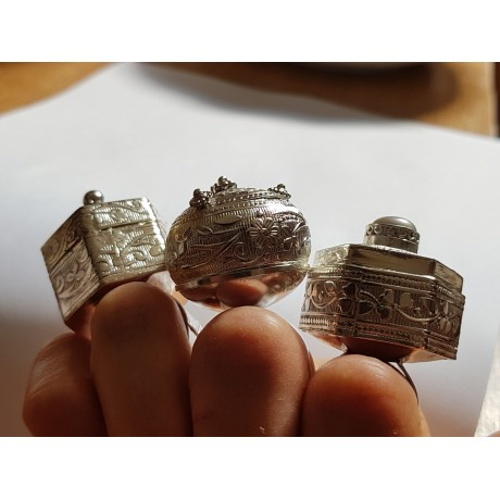 Ring made entirely by hand in solid Ag925 Pluriverse silver, Bijuterii de argint lucrate manual, handmade
