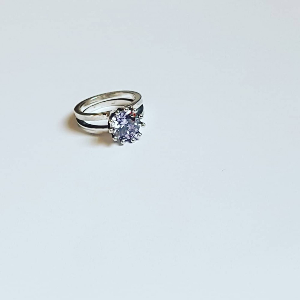 Sterling silver ring and amethyst