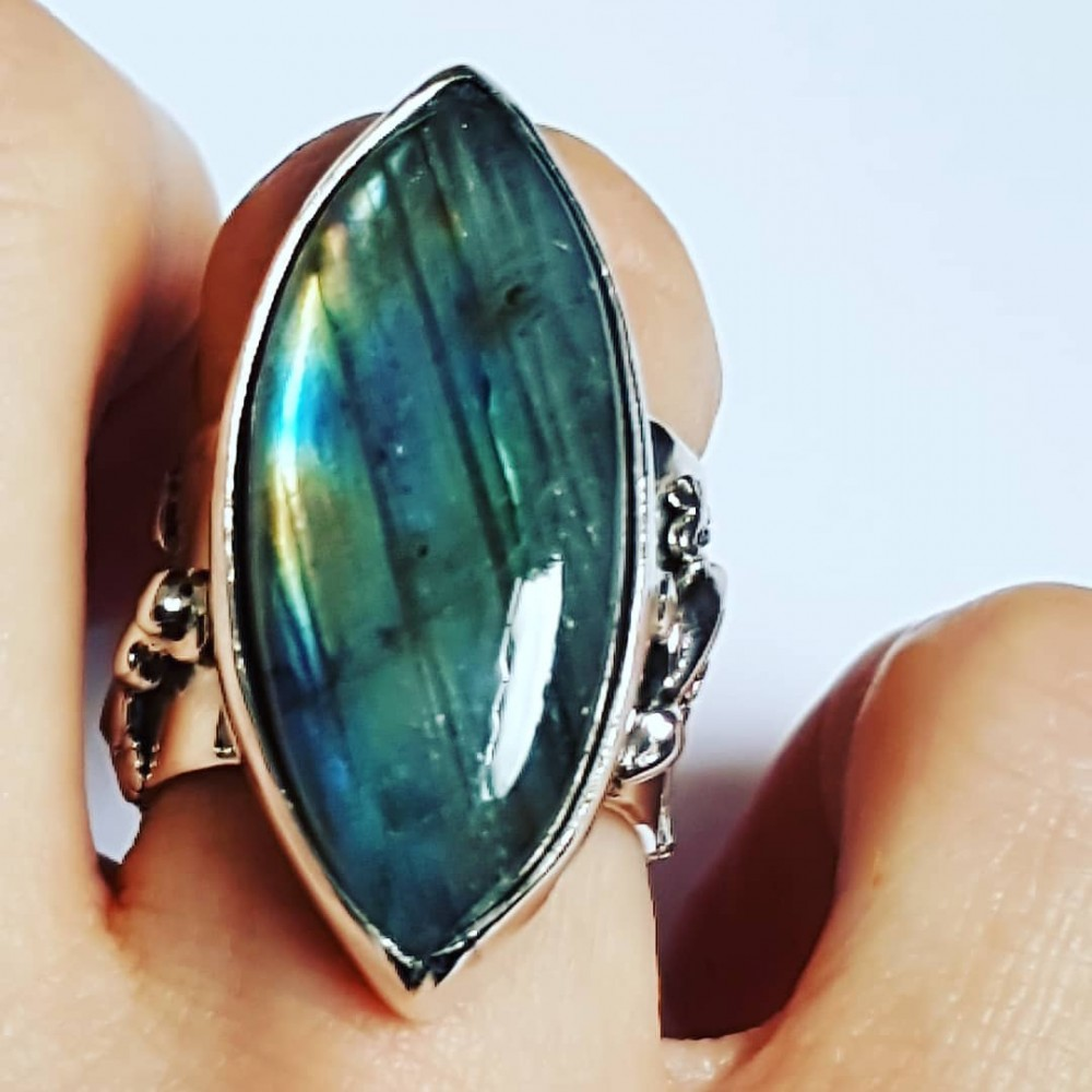 Sterling silver ring with natural labradorite stone  fte 109a1a