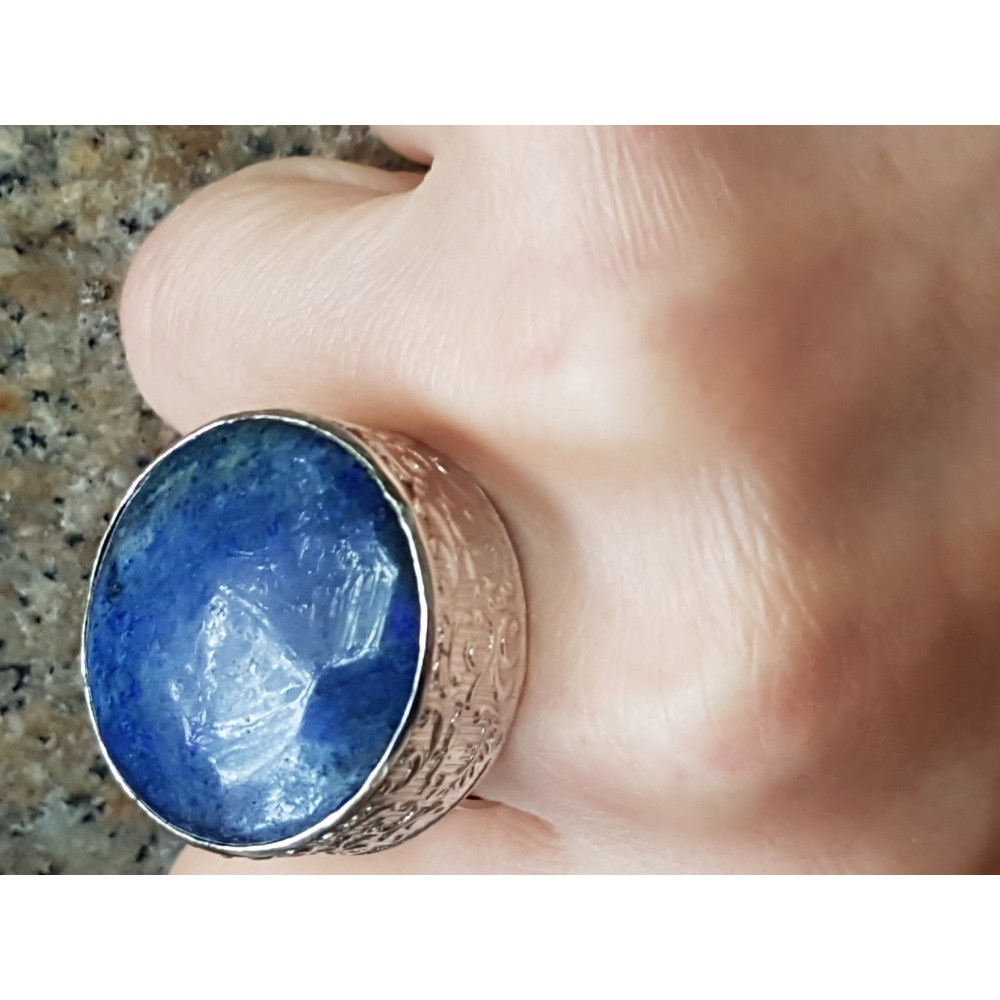 Large Sterling silver ring and natural lapislazuli