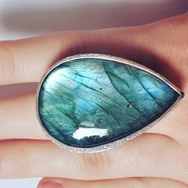 Large Sterling Silver ring with natural labradorite BigBuggy