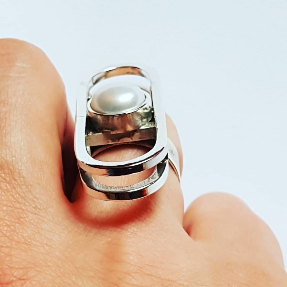 Sterling silver ring and pearl fte 91S16