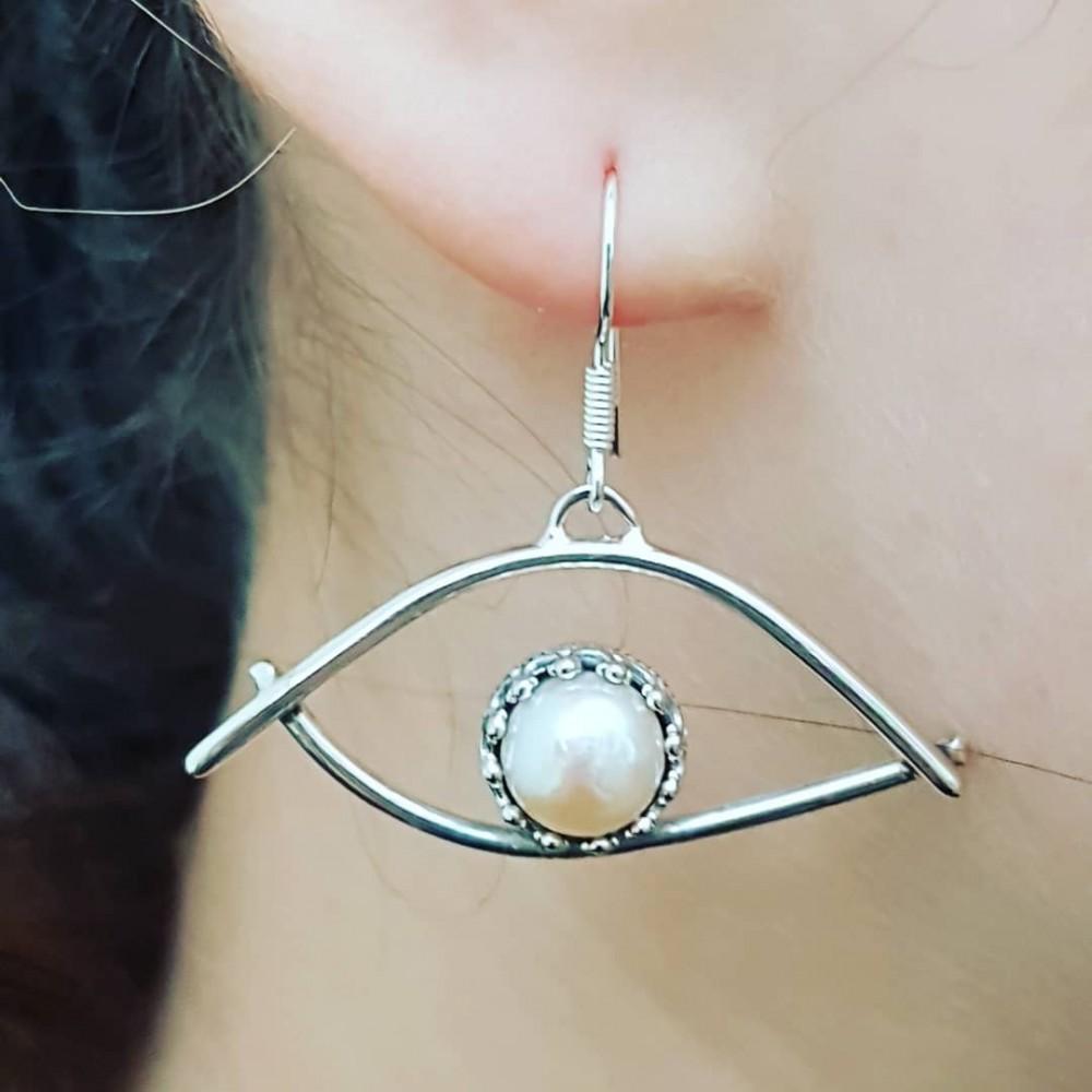 Sterling silver earrings and pearls Eye of Pearl
