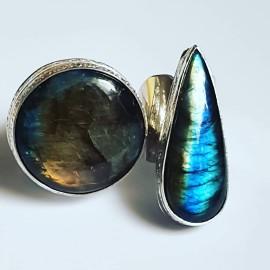 Large Sterling Silver ring with natural labradorite stone VibrantShadies