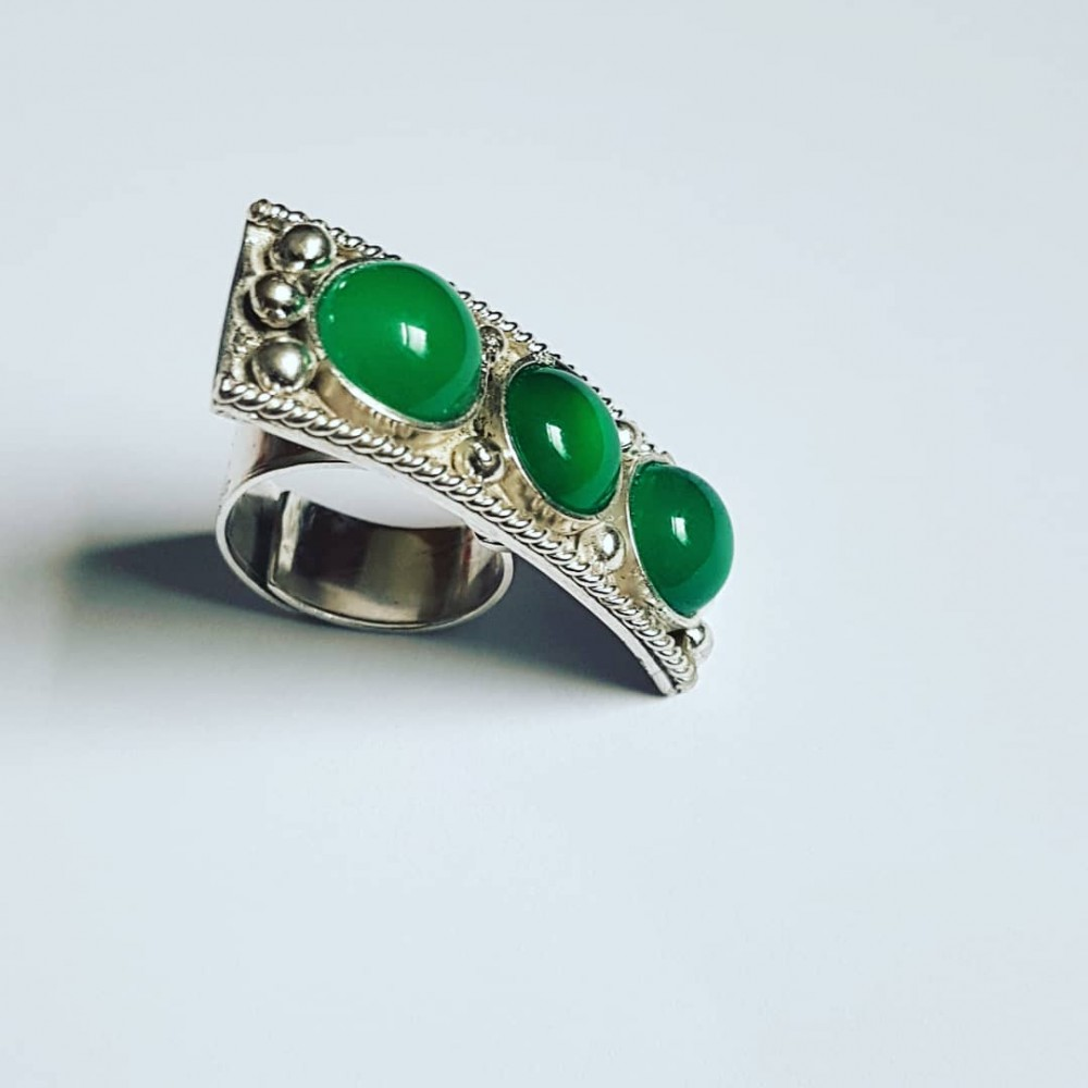 Handmade ring made of solid Ag925 silver and Overt Gramaj green agate
