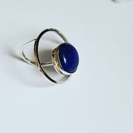 Handmade ring made entirely of Ag925 silver and natural lapis lazuli DazzlingBlues