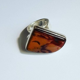 Ring made entirely by hand from Ag925 silver and natural Red Fan jasper