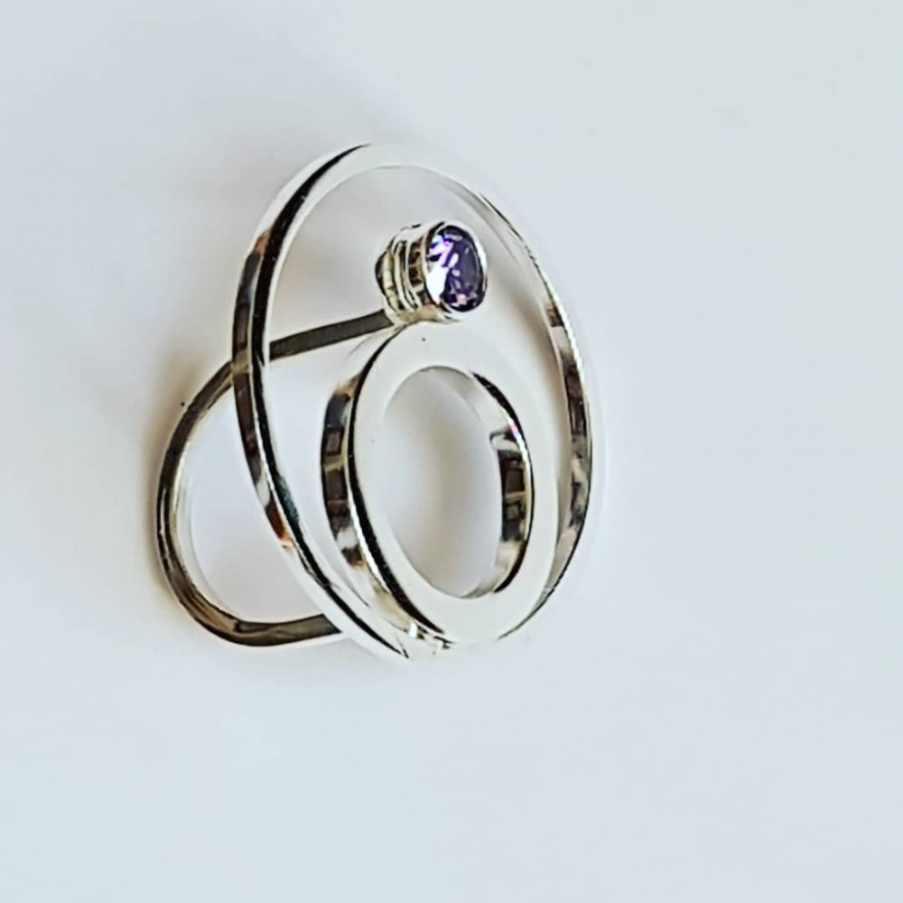 Ring made entirely by hand in Ag925 silver and Ravish Wavish amethyst
