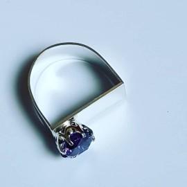 Handmade ring in solid Ag925 silver and amethyst Velvet Chime