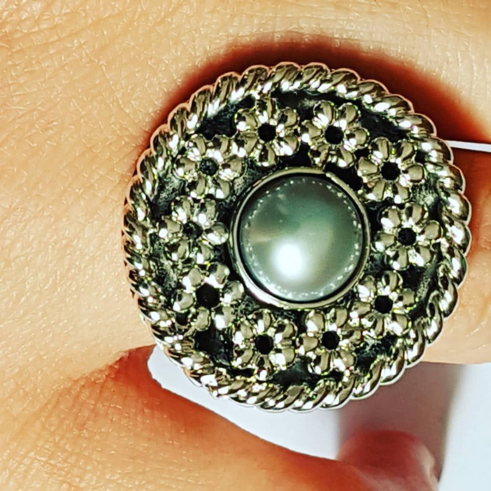 Handmade ring in solid Ag925 silver and Flowerbed cultured pearl