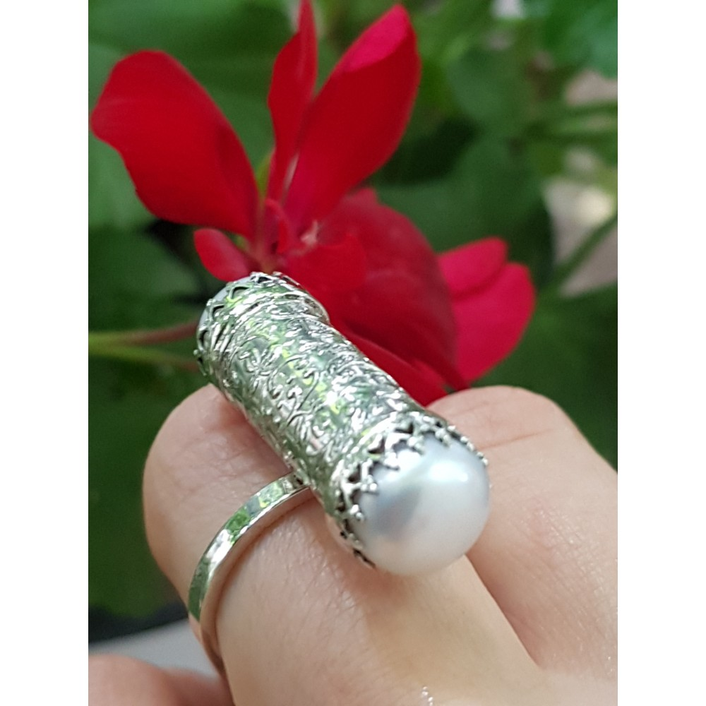 Sterling silver ring and pearls Pearls Alert