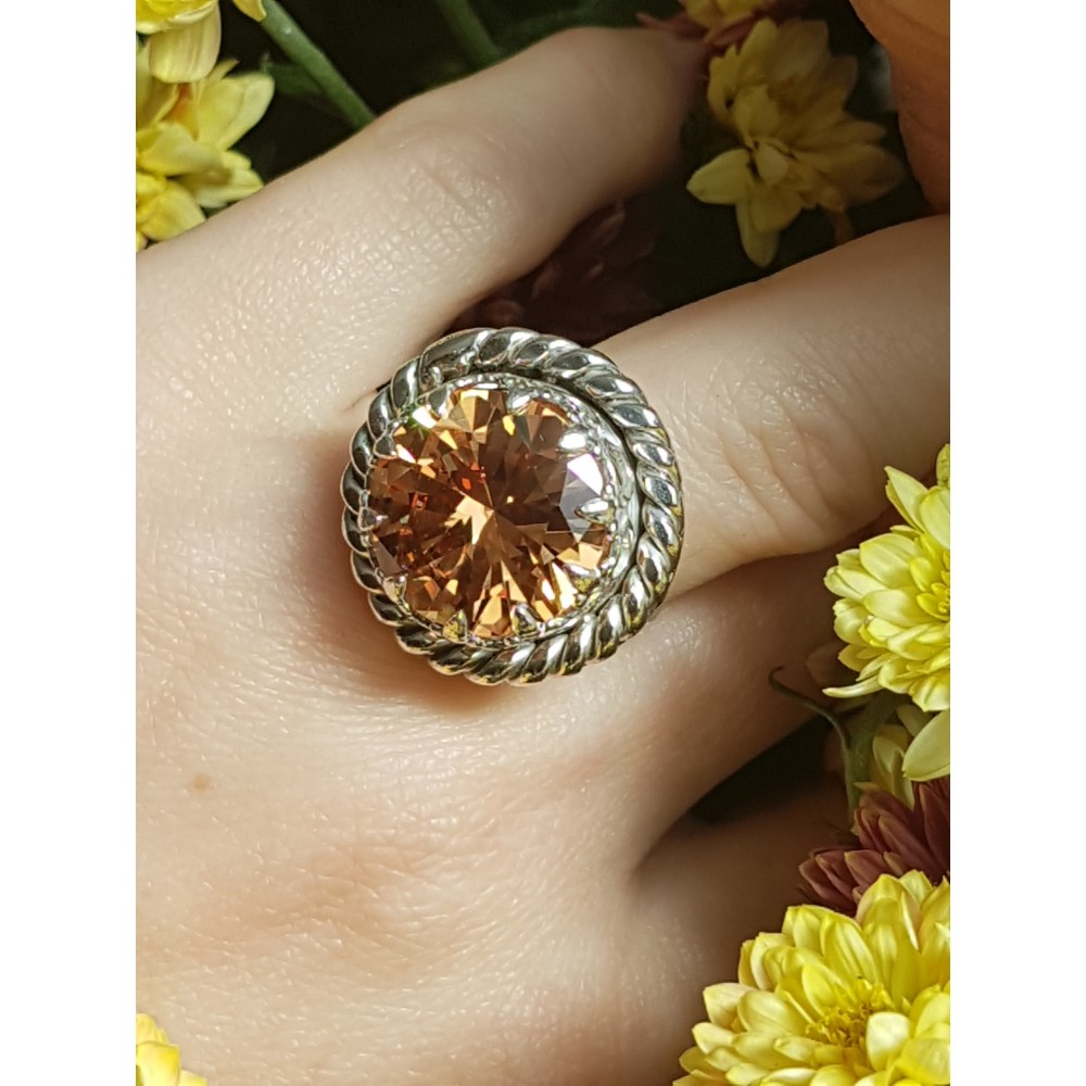 Sterling silver ring and citrine CrownAura