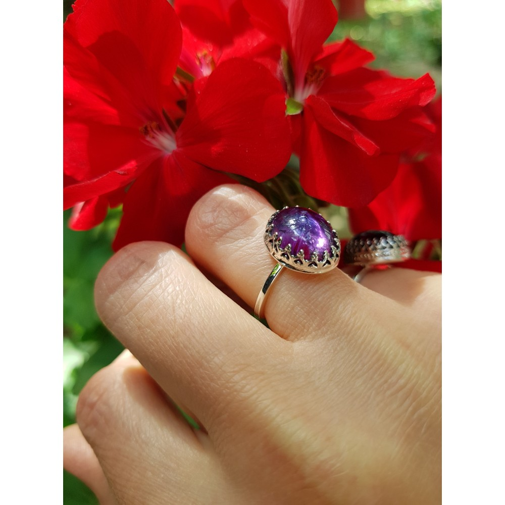 Sterling silver ring with natural amethyst Omphalos