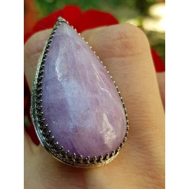 Sterling silver ring with natural kunzite stone Pink Cocktail