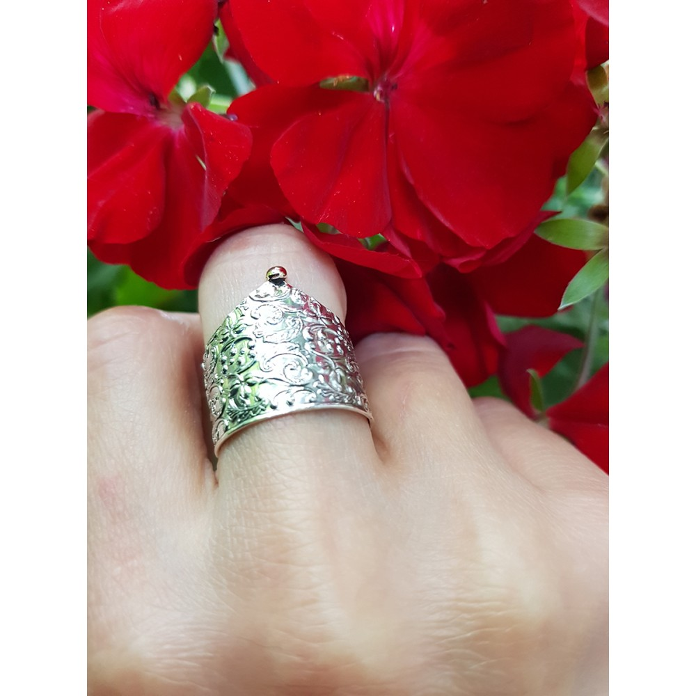 Sterling silver ring and gold Needlepoint