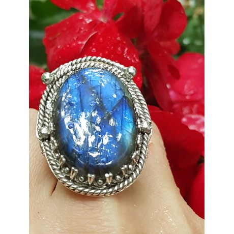 Sterling silver ring with natural labradorite Towards a Rhetoric of Wonder, Bijuterii de argint lucrate manual, handmade