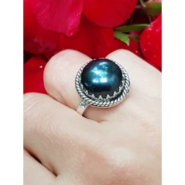 Sterling silver ring with natural cultured pearl SmokyLove