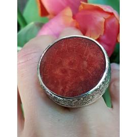 Sterling silver ring with natural coral ReachoutforRed, Bijuterii de argint lucrate manual, handmade
