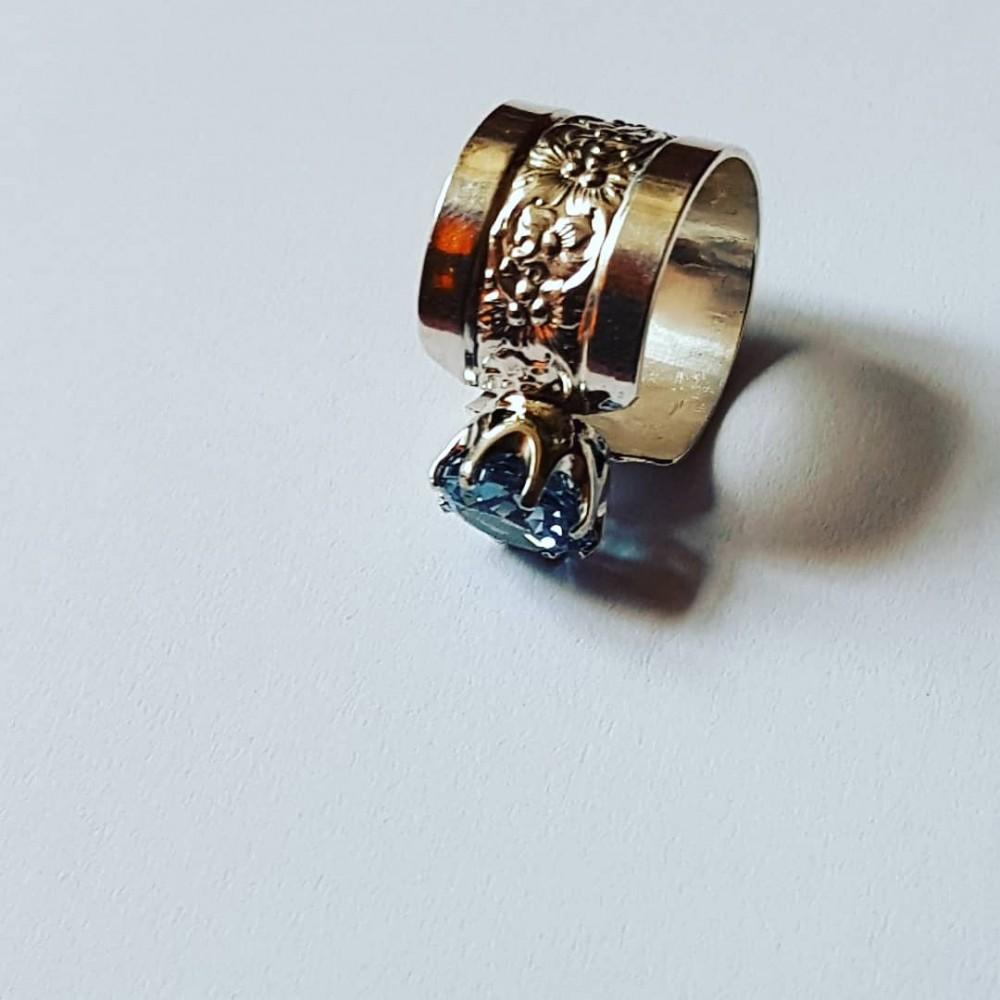 Sterling silver ring with aquamarine GatesofBlue