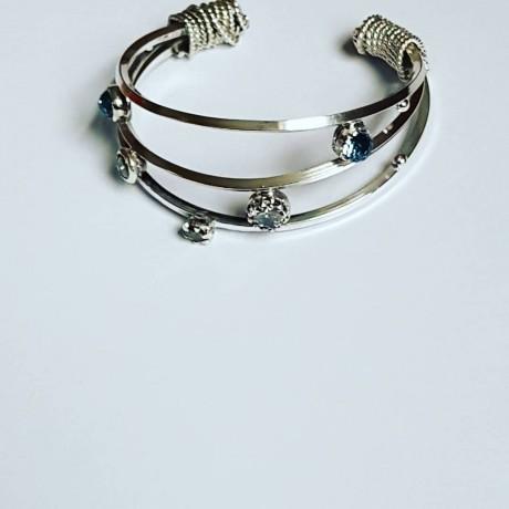 Sterling silver cuff and Swarovski crystals Streamlineisbutcrooked, Bijuterii de argint lucrate manual, handmade