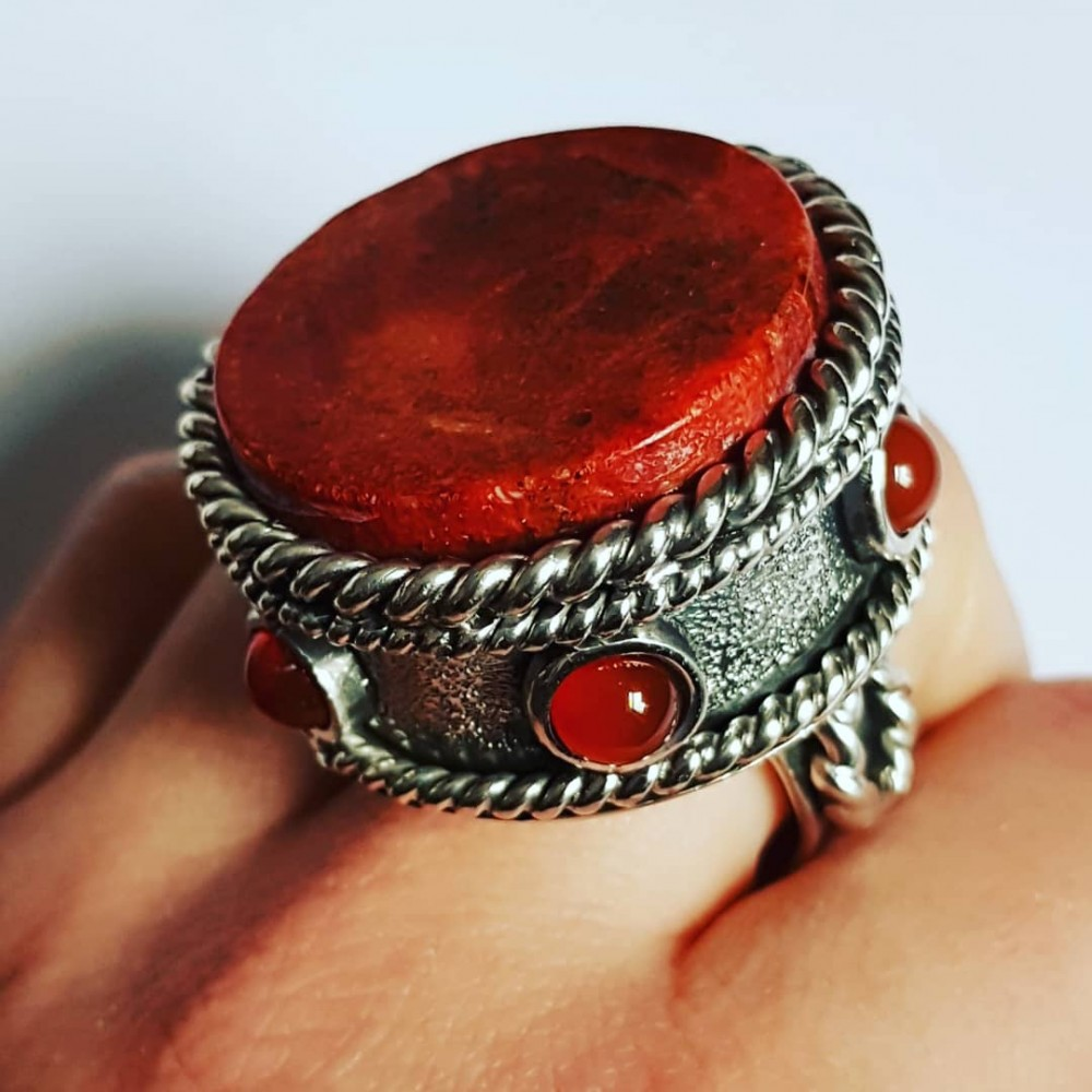 Large and Massive Sterling silver ring and carnelian and coral Core(for)Red