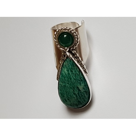 Handcrafted Sterling silver ring with Natural and agitated green amazon Hanging on green, Bijuterii de argint lucrate manual, handmade