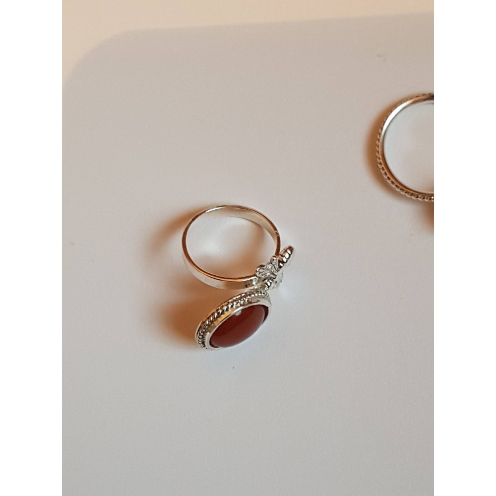 Sterling silver ring with natural carnelian Red Beaky