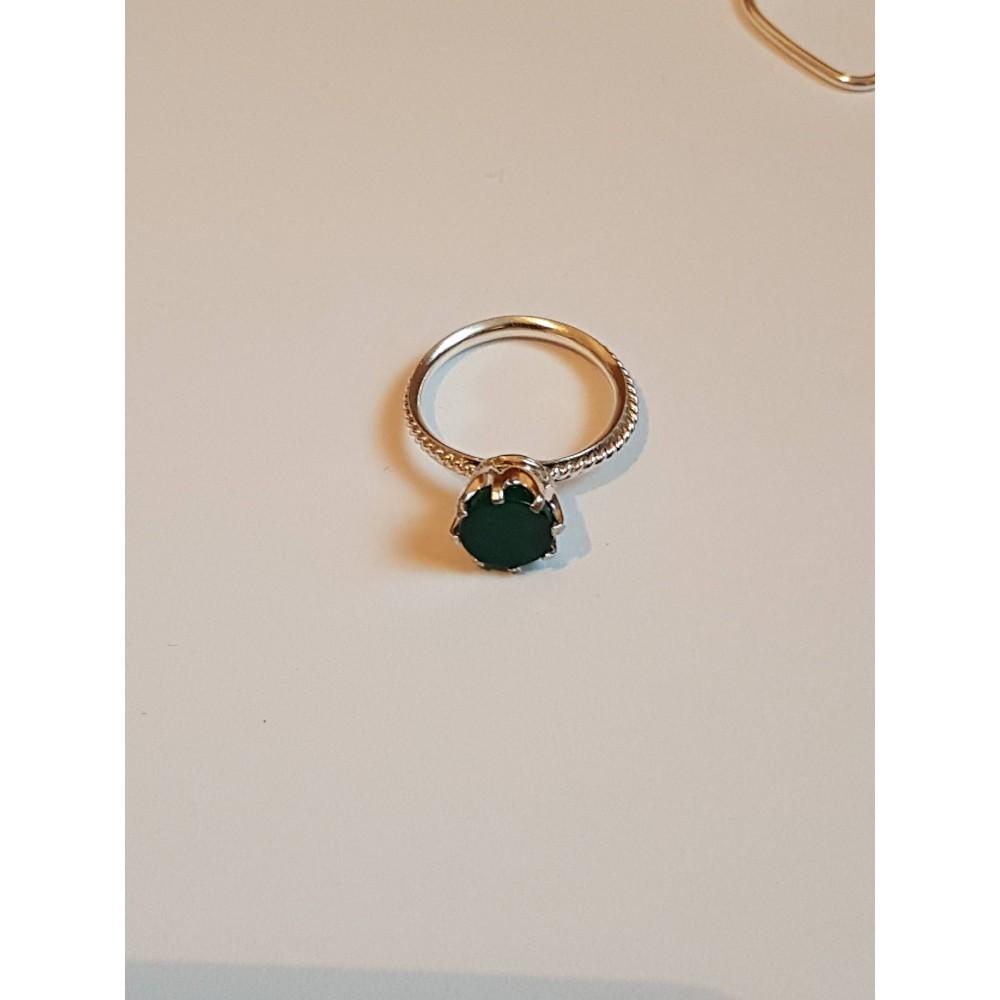 Sterling silver ring Green Spot