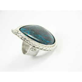 Sterling silver ring Spirit of Pleasure with large natural labradorite