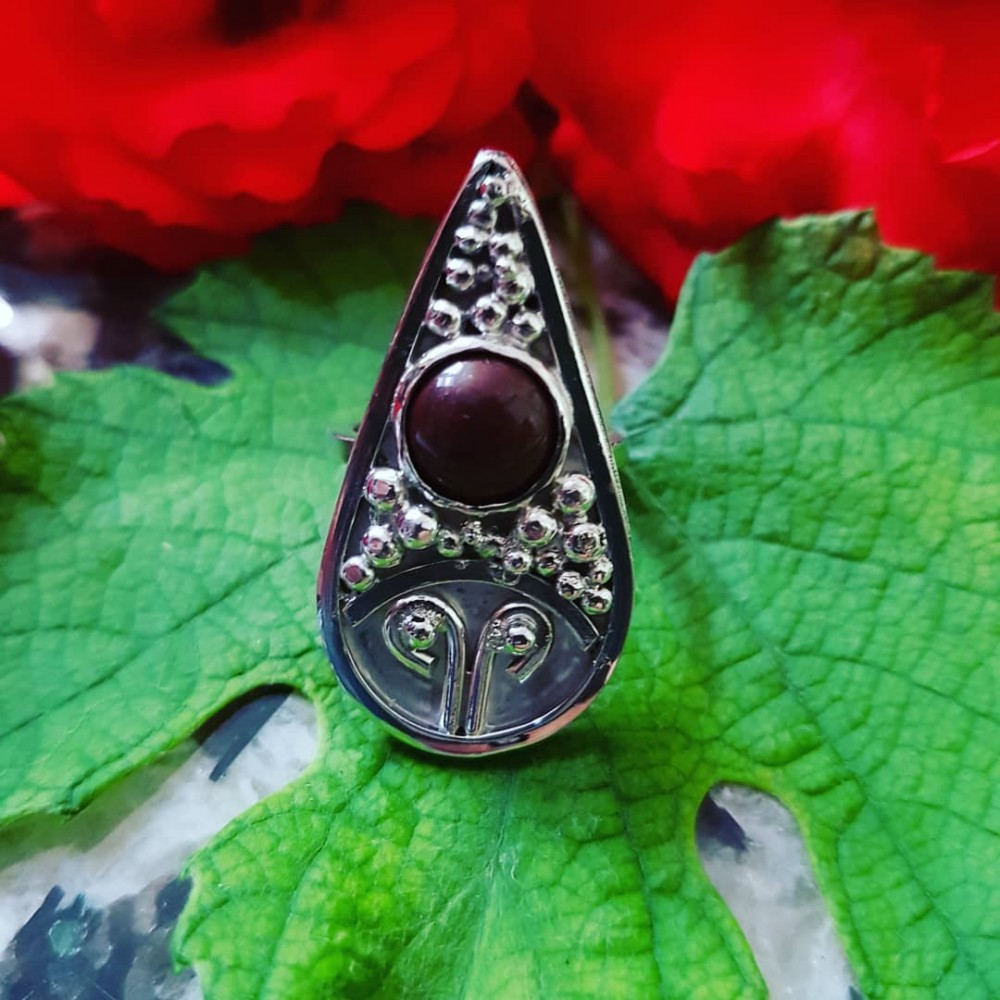 Sterling silver ring with natural jade