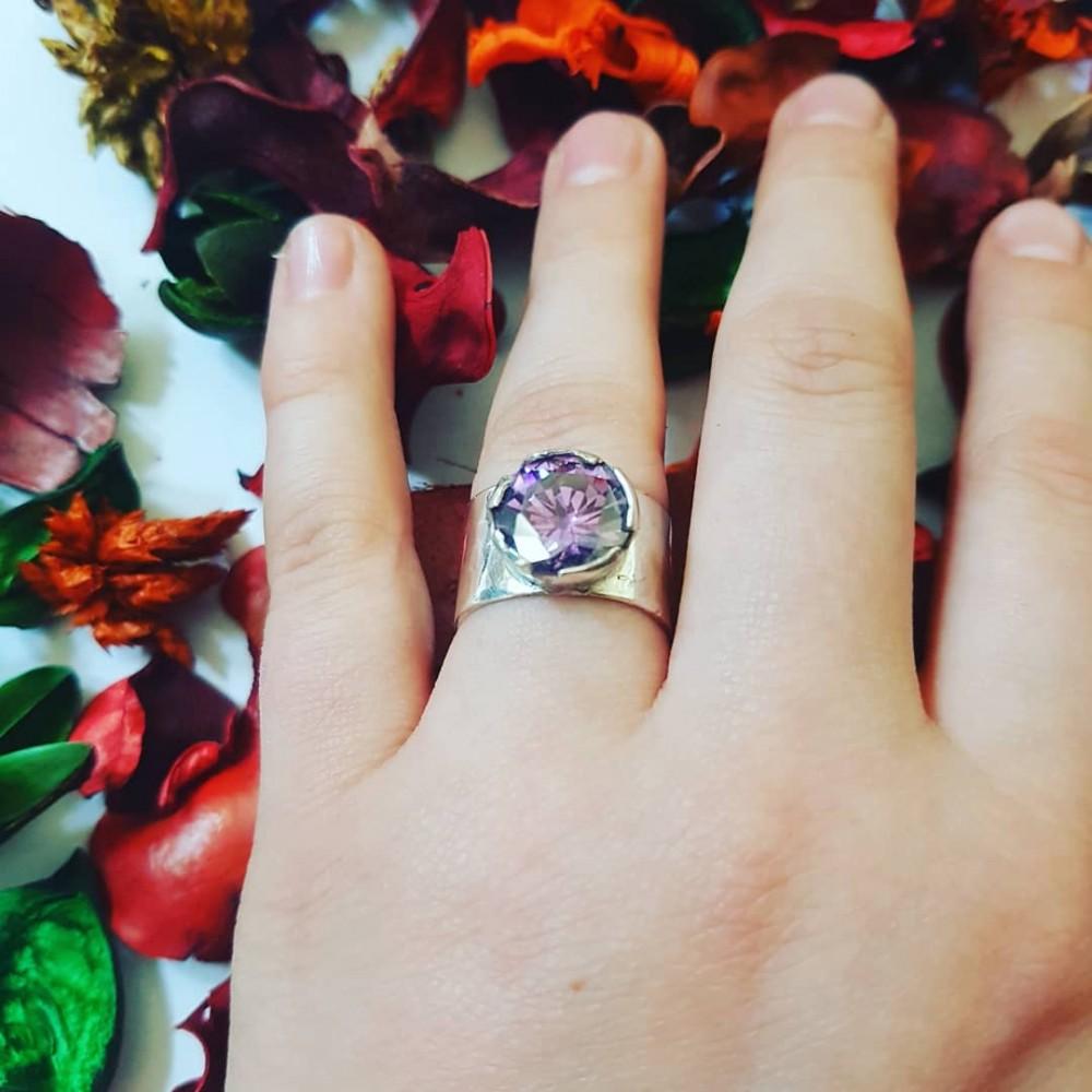 Sterling silver ring Bond