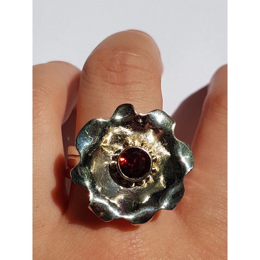 Sterling silver ring with natural red garnet and 14k Gold Rue d'Amour