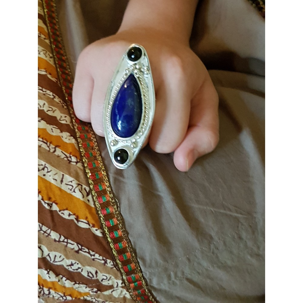 Sterling silver ring with natural lapislazuli and onyx