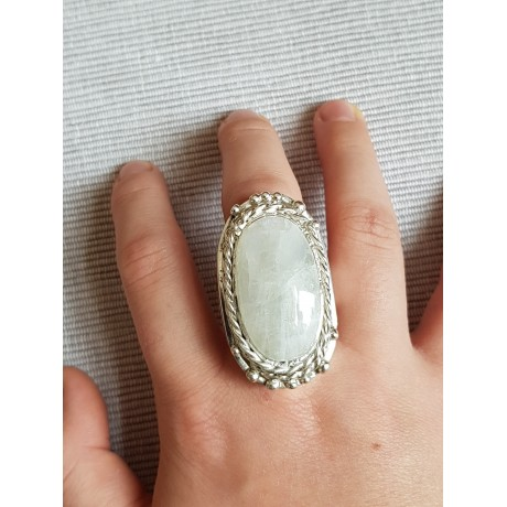 Massive Sterling silver ring with natural RAINBOW MOONSTONE, Bijuterii de argint lucrate manual, handmade