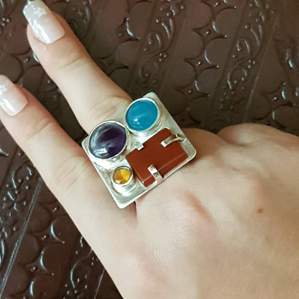 Sterling silver ring with natural aquamarine, jade, amethyst and garnet