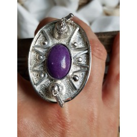 Massive Sterling silver ring with natural jade