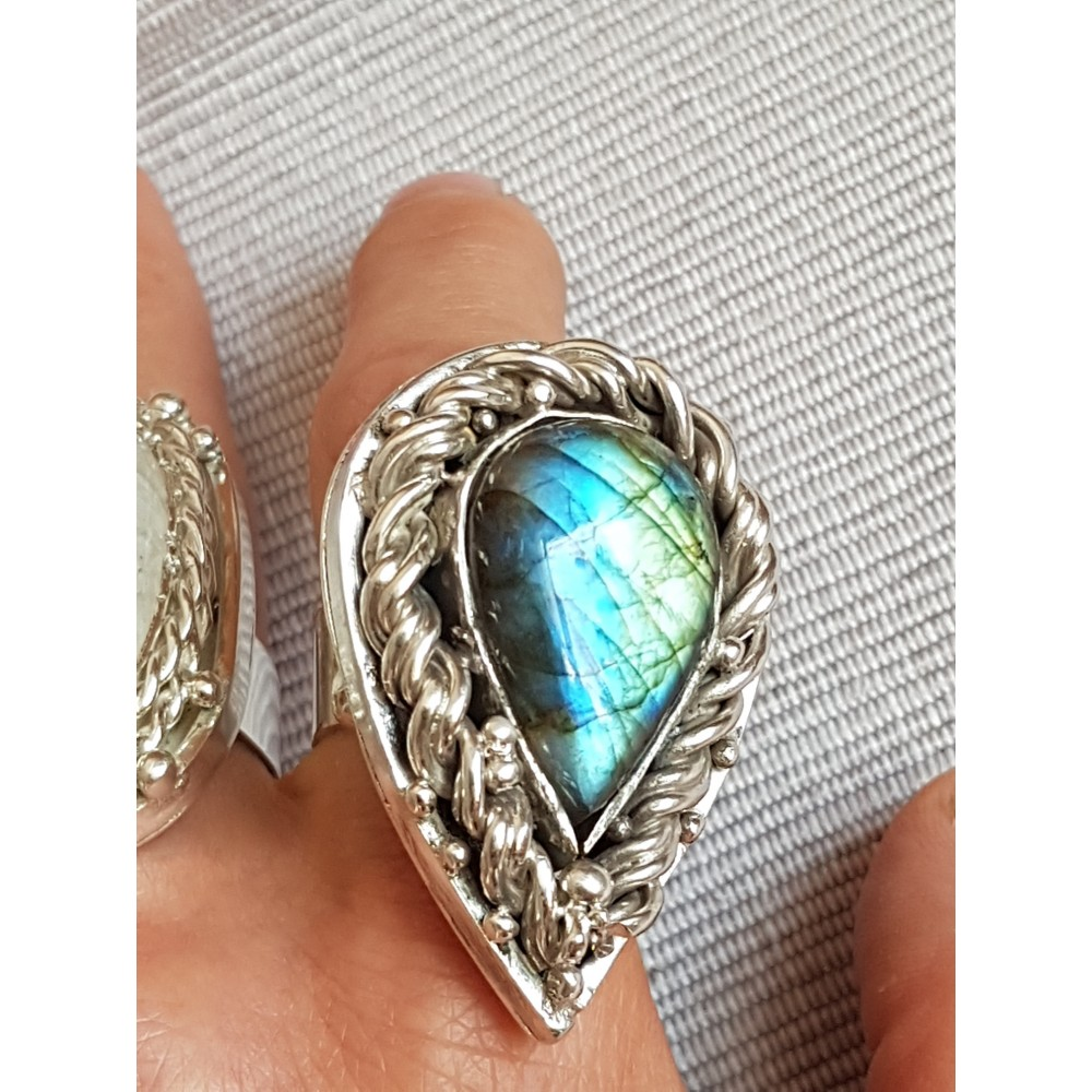 Massive Sterling silver ring with natural labradorite stone