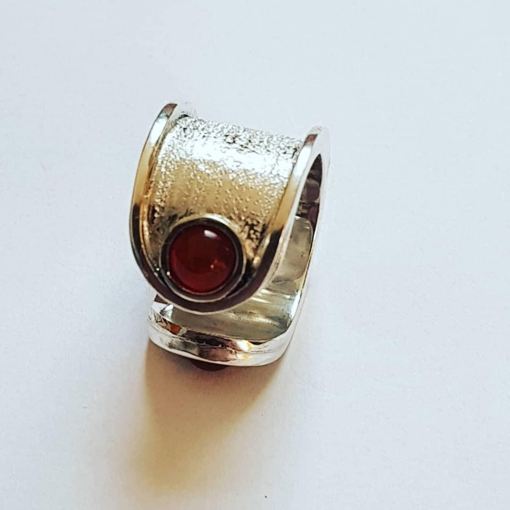 Sterling silver ring with natural carnelian Epater