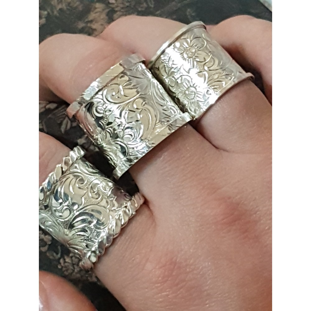 Wide Sterling silver rings, engraved, Establishment