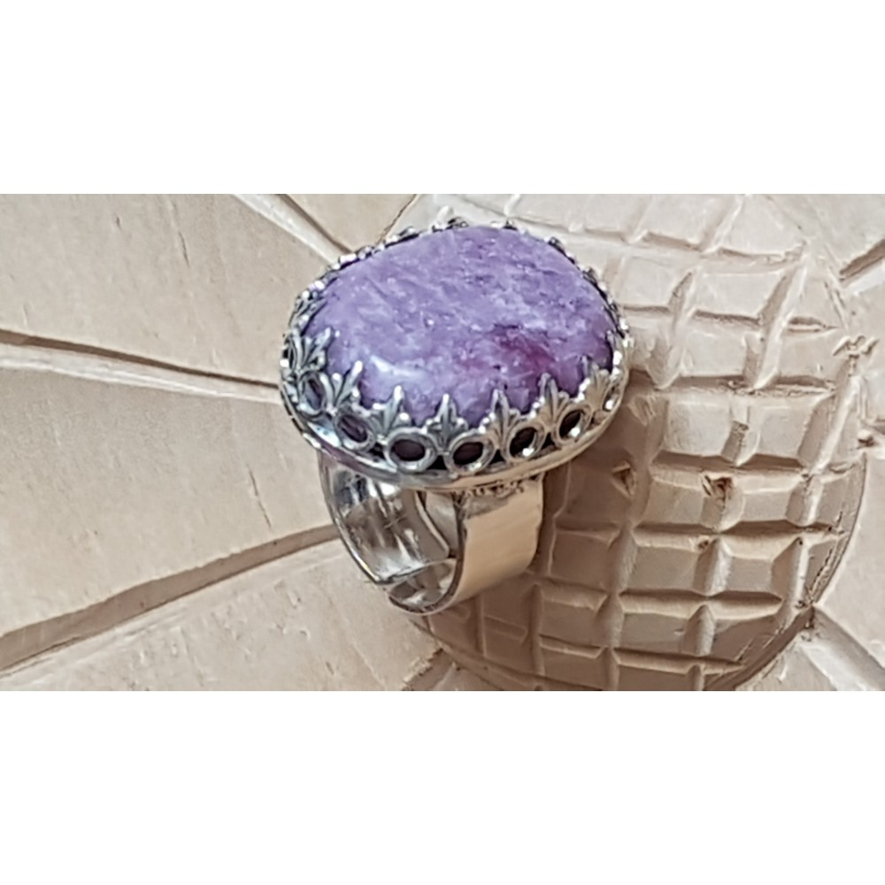 Sterling silver ring with natural lepidolite stone Mauve Gear