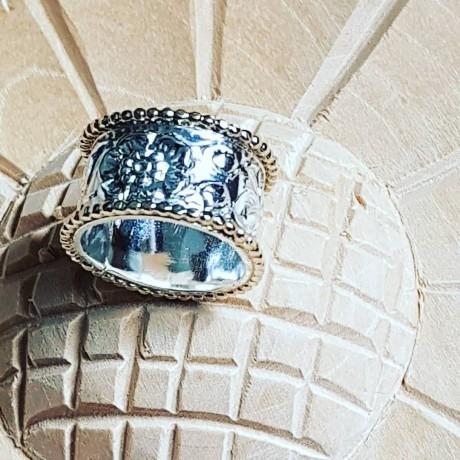Sterling silver ring with gold Flower Choice, Bijuterii de argint lucrate manual, handmade