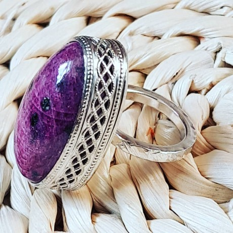 Massive Sterling silver ring with natural ruby Mauve Pitch, Bijuterii de argint lucrate manual, handmade