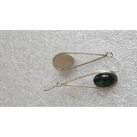 Sterling silver earrings with natural  zoisit ruby stones Greeny Stamps, Bijuterii de argint lucrate manual, handmade