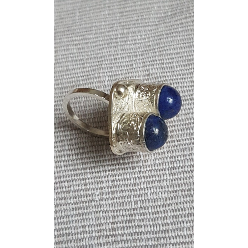 Sterling silver ring with natural lapislazuli Blue Nuggets