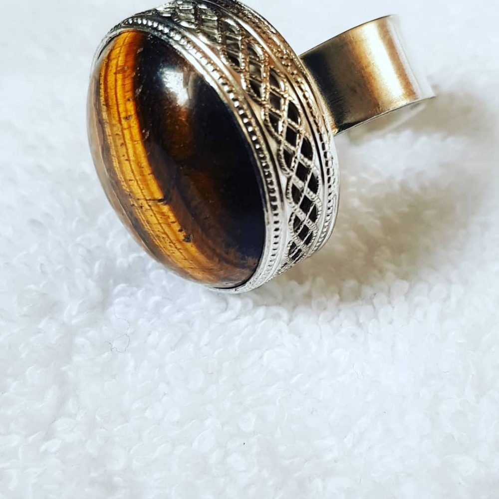Large Sterling Silver ring with natural tiger's eye Hazel Footprint